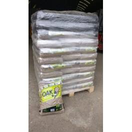 8 mm egetræspiller i 15 kg sække